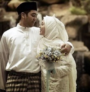 suami-tidak-romantis-di-mata-istri