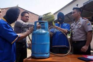 polisi Kembali Grebek Gudang Gas Elpiji Oplosan