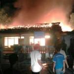 Kantor LPM dekat Kelurahan Jatisari Dilalap Api