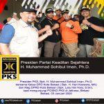 Presiden PKS Sambangi Posko Villa Jatirasa