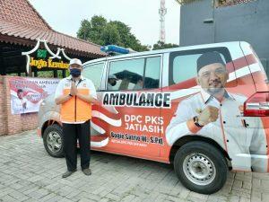 DPC PKS Jatiasih Luncurkan Mobil Ambulans untuk Pasien Covid